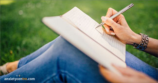 Want To Reduce Stress And Anxiety? Write Your Positive And Happy Thoughts Down